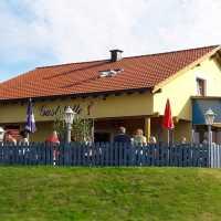 Minigolfstüberl im Kurpark beim Sibyllenbad in Neualbenreuth