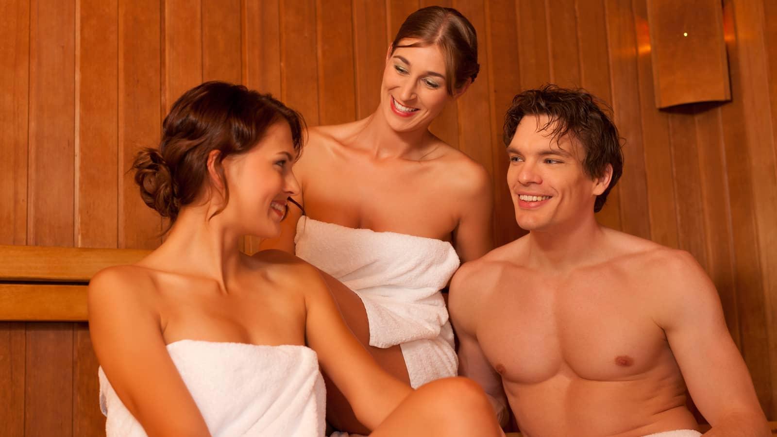 Я друг и жена онлайн, Муж, жена и друг семьи порно смотреть онлайн порно 28 фотография