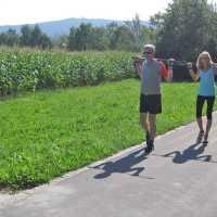Nordic Walking im Vitalparcours im Kurpark beim Sibyllenbad