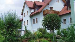 Ferienwohnungen am Kirchberg bei Familie Plonner-Kilian in Neualbenreuth beim Sibyllenbad