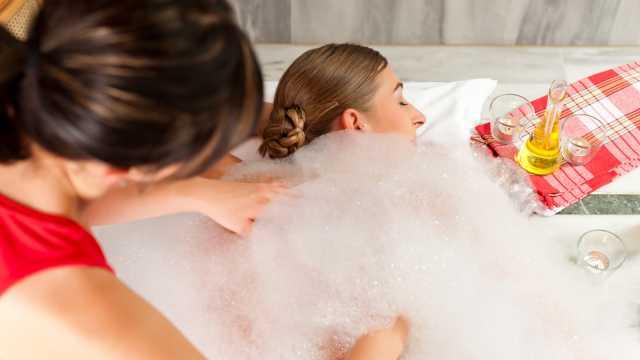 Türkische Massage im orientalischen BadeTempel