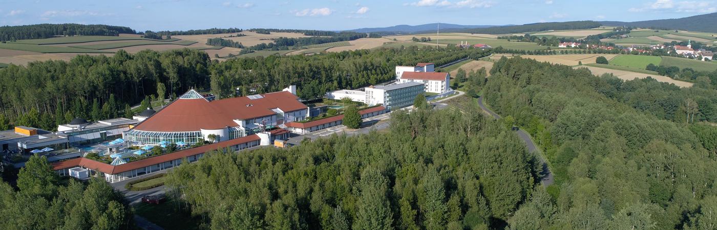 Außenansicht mit Kuralle und Neualbenreuth 2017