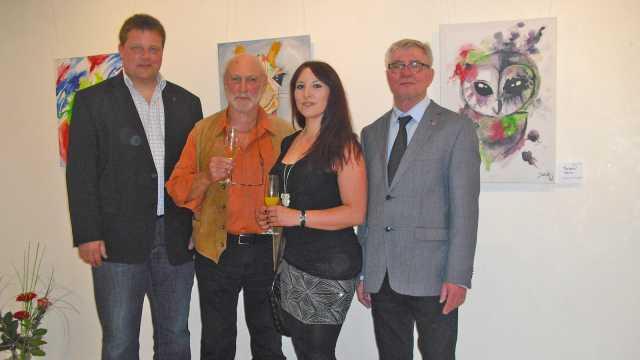 Ausstellungseröffnung mit Christian Maischl, Robin Seur, Sarah Weise und Sibyllenbad-Leiter Gerhard Geiger